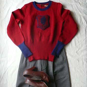 1940's emblem patch sweater & slacks