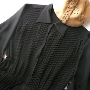 40's black silk pintack dress