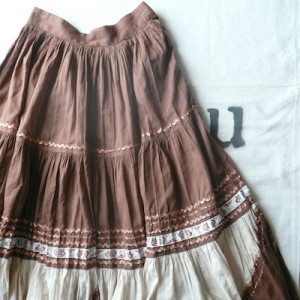 50's brown mexican skirt
