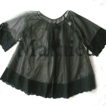 80〜90's black lace lingerie & stripe skirt