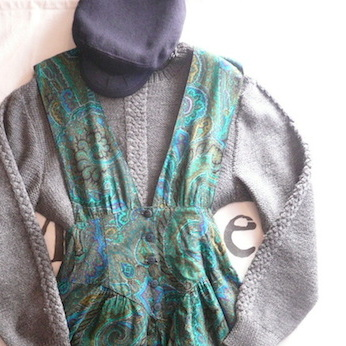 70〜80's Charcoal Grey hand‐knittedknitted sweater