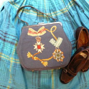 60's crown & rosette hand bag
