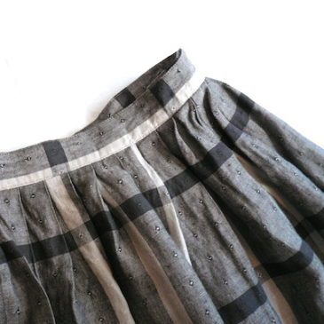 80's silk blouse & plaid skirt