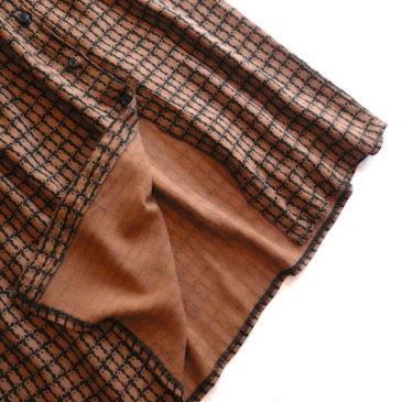 80〜90's silk shirt & bird pattern skirt