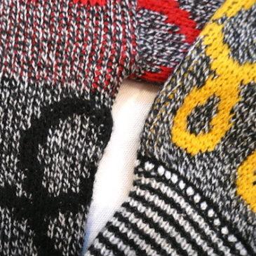 80's doodle line sweater