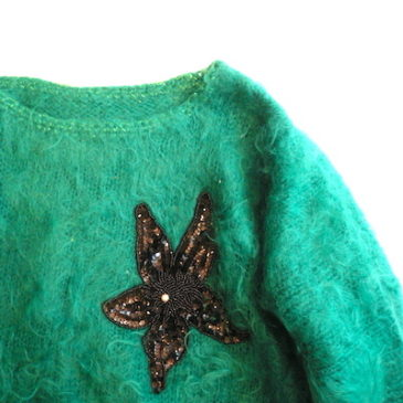 closed at 5pm today☆80's green mohair sweater