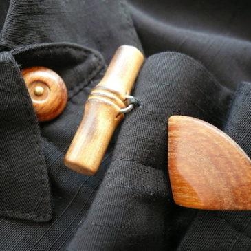 80〜90's terrra-cotta orange trousers & wood button JKT blouse