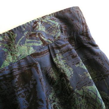 80〜90's tuxedo style short JKT & midnight blue straight skirt