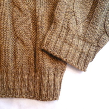 used mustard yellow cable knit sweater & pleated skirt