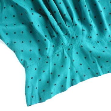 80〜90's sea green polka dots blouse & black slacks