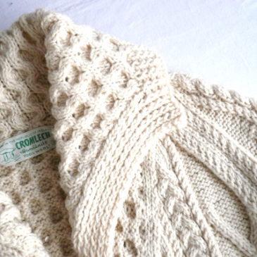 70's Aran knit cardigan & used tartan check corduroy pants