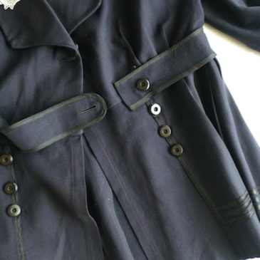 30~40's  lace collar navy jacket & 50's black velour capri pants
