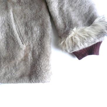 70's fake fur zip up JKT