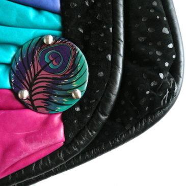 80's peacock color vinyl leather shoulder bag