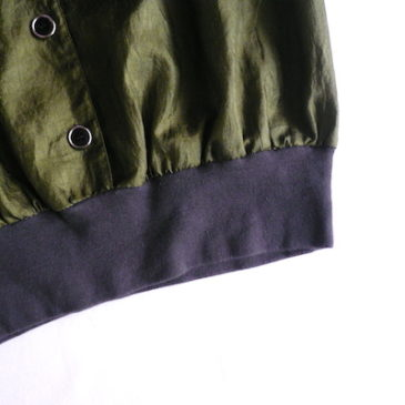 80's olive green pull over blouse