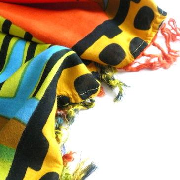 used African lady poncho dress & black ethnic long skirt