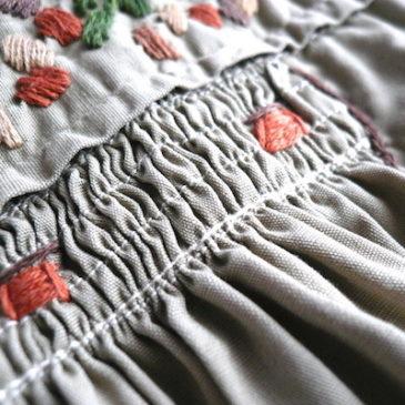 70's khaki beige embroidery dress