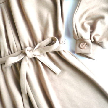 70's beige puff sleeve dress