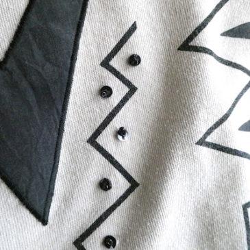 80~90's sand beige black pattern tops & gold button black skirt