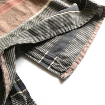80's horizontal stripe back button dress