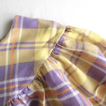 70's yellow purple plaid smock & used beige black nep yarn mesh tops