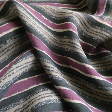 late70〜80's turtleneck beige one-piece & 80~90's brown purple no-collar blouse
