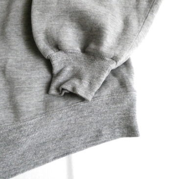 80〜90's gray simple sweat shirt & 90's〜 Russel deep moss green sweat shirt